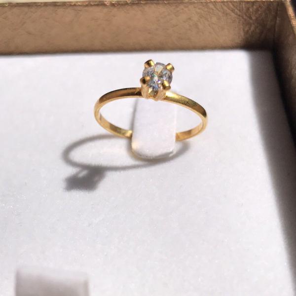 Anel solitário diamante sintético