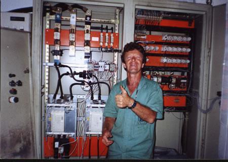 Manutenção de grupos geradores e painéis elétricos