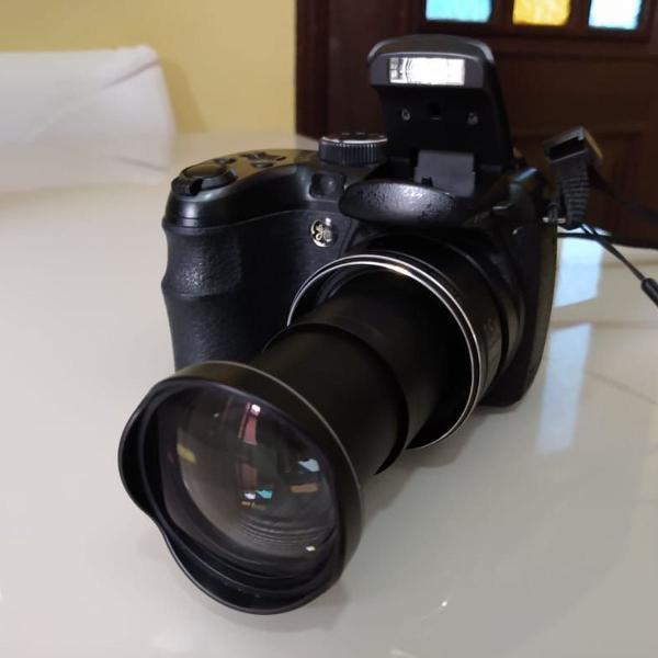 Câmera semi profissional ge x400