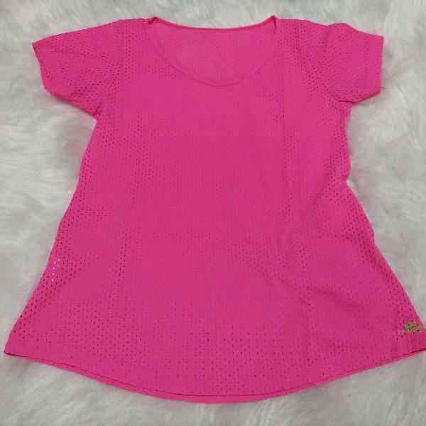 Blusa fitness pink furadinha m