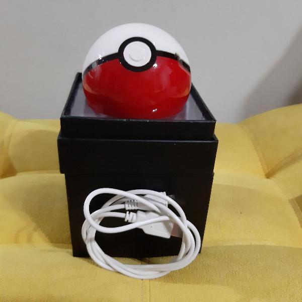 Carregador celular/tablet portátil pokebola