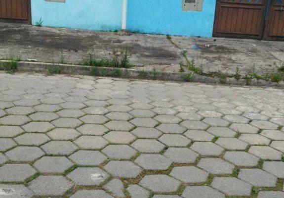 Casa na praia de Itanhaém no Jd. Magalhães
