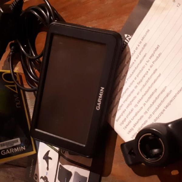 Garmin gps nüvi 40. com manual, carregador, suporte para