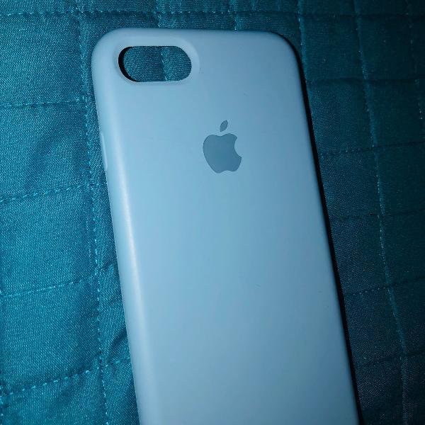 Capinha iphone 7/8 de silicone azul clara