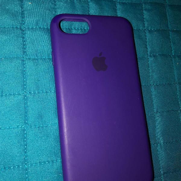 Capinha iphone 7/8 de silicone roxa
