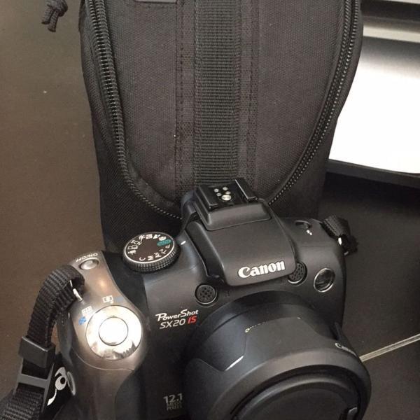 Câmera semi profissional canon sx20 is