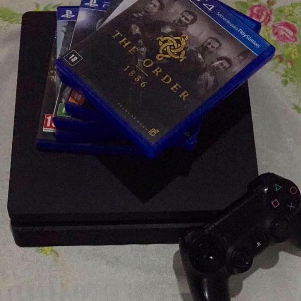 Ps4, 500g, 3 jogos midia digital