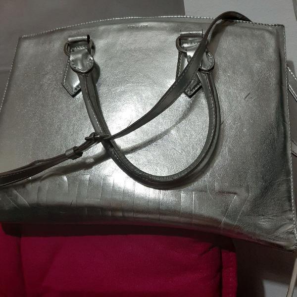 Mega bolsa schutz prata