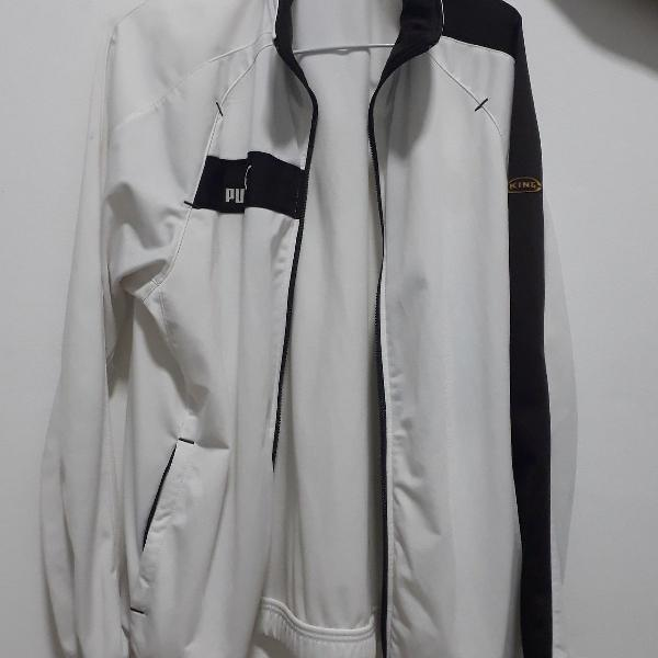 Blusa branca e marrom puma