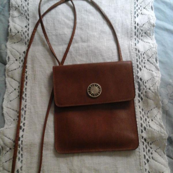 Bolsa pochete em couro