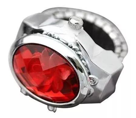 Relógio anel com enfeite de flor vermelho e verde