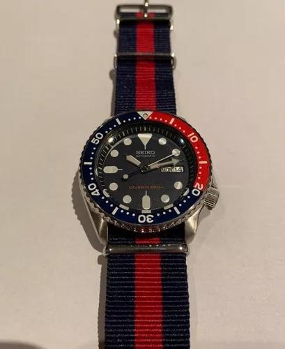 Relógio seiko skx 009 (5 pulseiras)