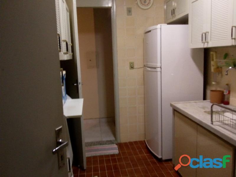 Excelente Apartamento 3 Dormitórios , Amplo p/ Vender 17