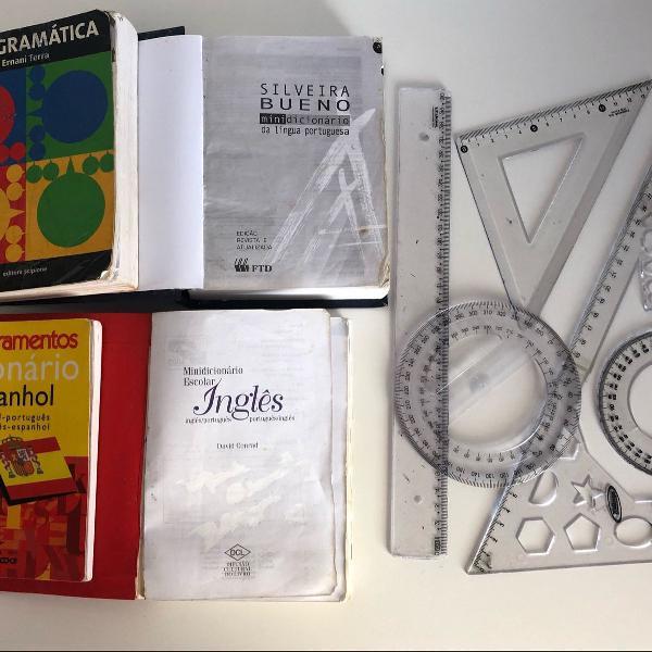 Kit escolar 4 dicionários e 4 réguas