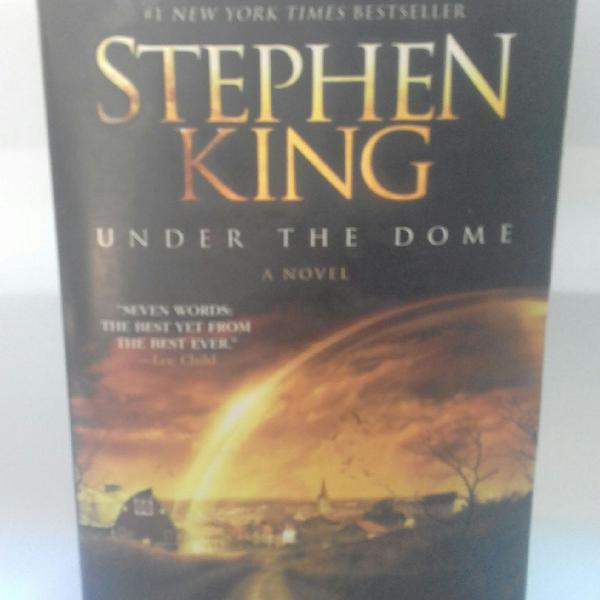 Livro under the dome a novel stephen king obra em inglês