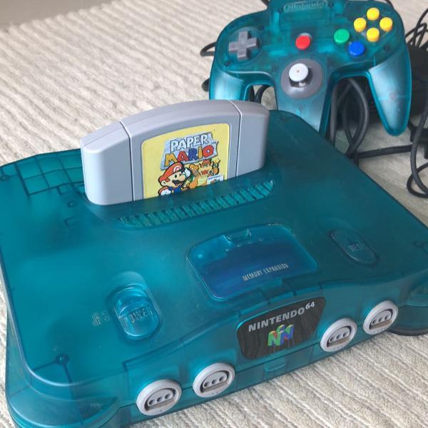 Nintendo 64 azul translúcido