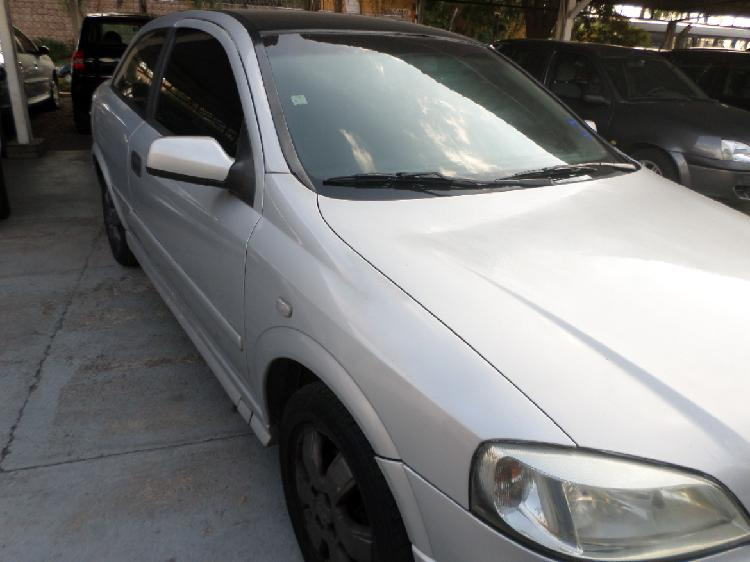 Astra gl 1.8 hatch 2001