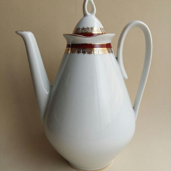 Bule de café ou chá com detalhes em dourado porcelana real