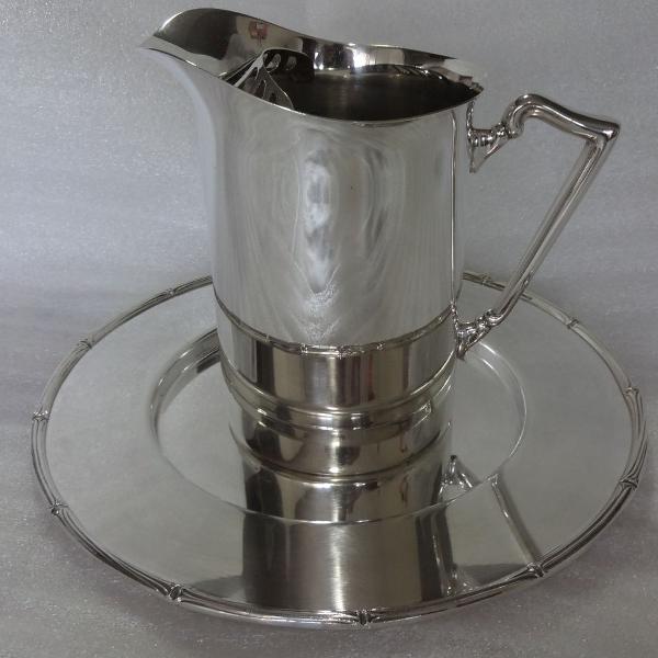 Jarra agua ou suco com souplast em prata 90.