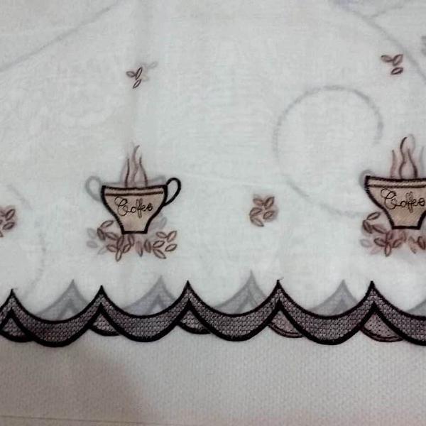Bando de cortina de cozinha