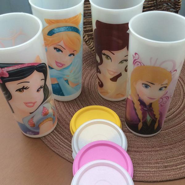 Combo 4 copos princesas tupperware