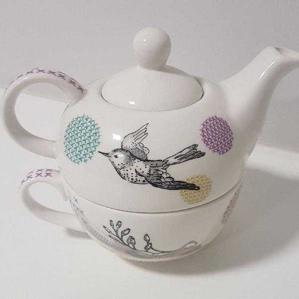 Jogo bulê e xicará para chá