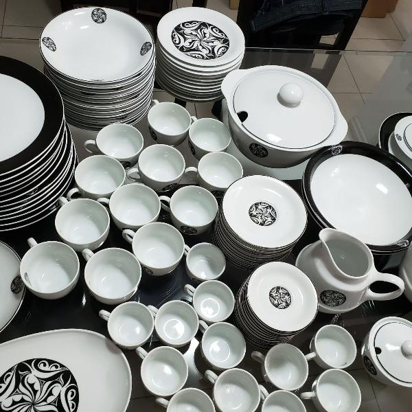 Jogo completo de café, chá e jantar 95 peças - porcelana