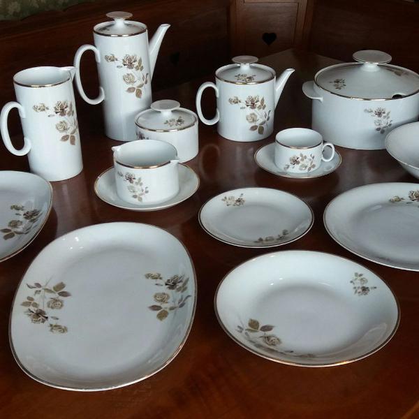 Jogo de chá e janta vintage