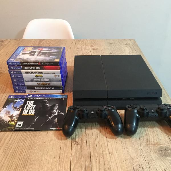 Playstation 4 - 500 gb - 2 controles e jogos