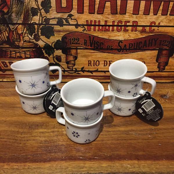 Xícara para café em porcelana