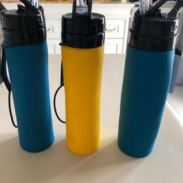 Garrafa/squeeze 650 ml em silicone dobrável- livre de bpa