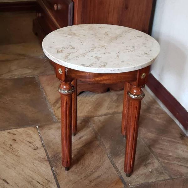 Mesa lateral madeira meresier louis xv marmore bronze