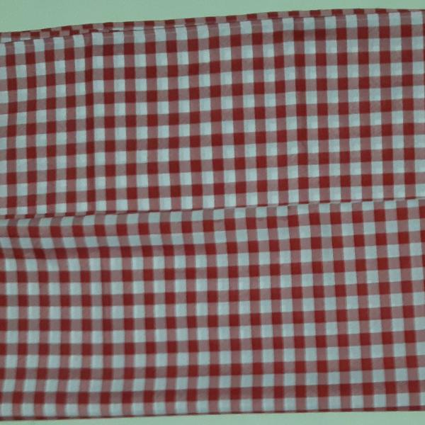 Toalha mesa - xadrez vermelho / branco - poliéster - 3mts.