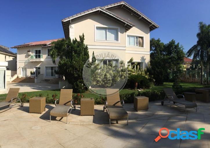 Casa duplex 1.200m², 6 suítes, condomínio arouca - barra da tijuca