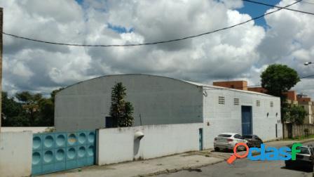Galpão 4000m² bairro kennedy