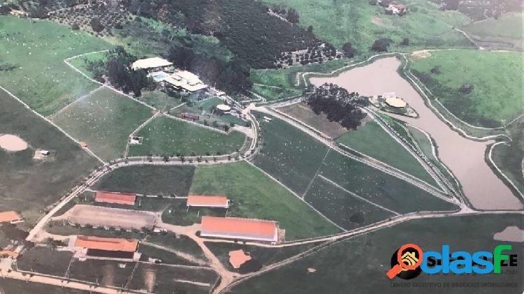 Fazenda estilo haras 16 alq. cinematográfica tanguá rj