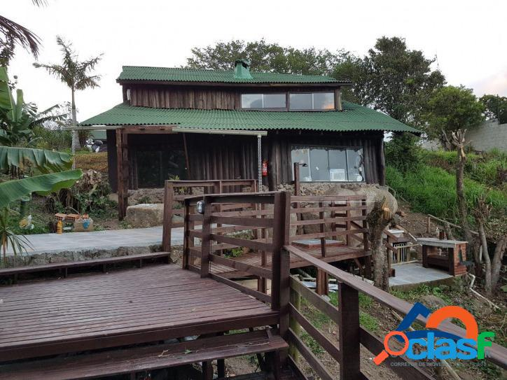 Linda casa rústica a venda na praia mole com vista panorâmica c / trilha particular para praia em florianópolis - sc.