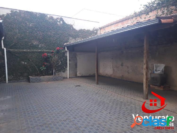 Casa coletiva fundos 3 quartos no bairro santa mônica