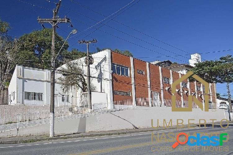 Galpão comercial/industrial no bairro garcia p/ locação em blumenau, sc.
