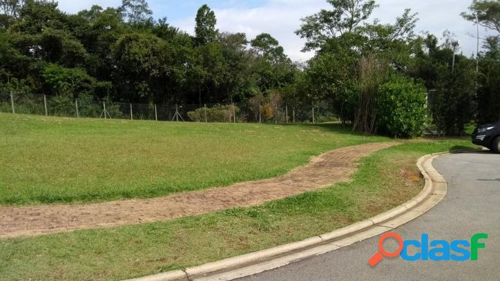 Genesis 1 ! terrenos, fundo para mata preservada, final de rua.