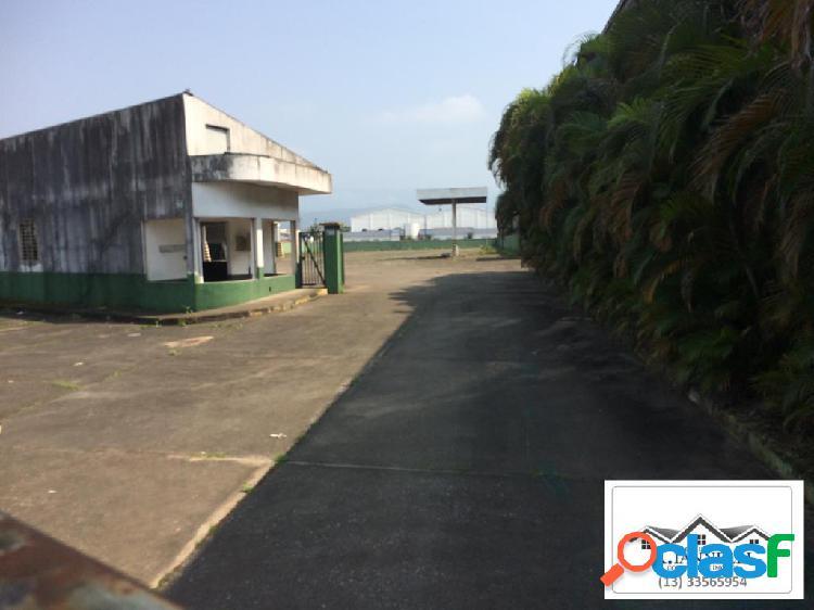 Área grande para fins comerciais praia grande.