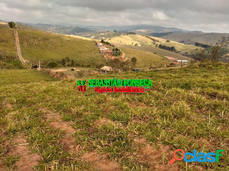Excelente terreno para chácara em Paraibuna, próximo a Tamoios