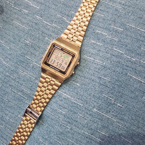 Relógio original casio vintage dourado - world time