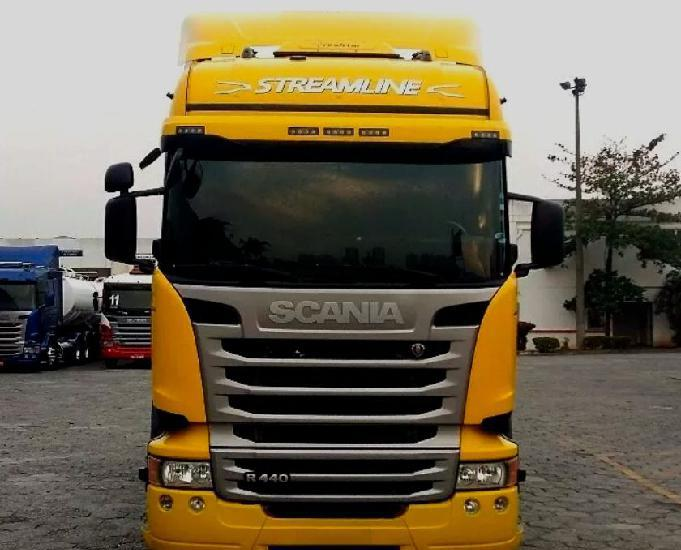 Scania r 440 6x2 streamline 3 eixo teto alto ano e modelo 15