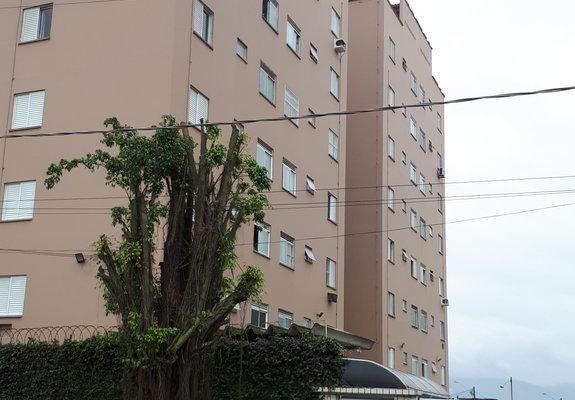 Amplo apartamento 02 dormitorios