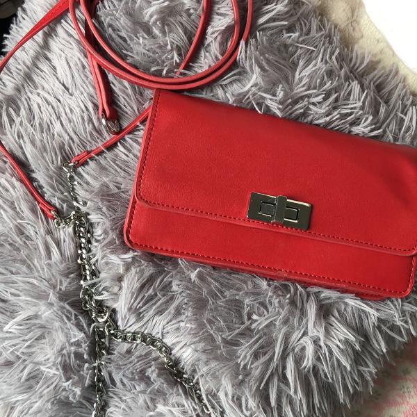 Bolsa/pochete vermelha de couro zara