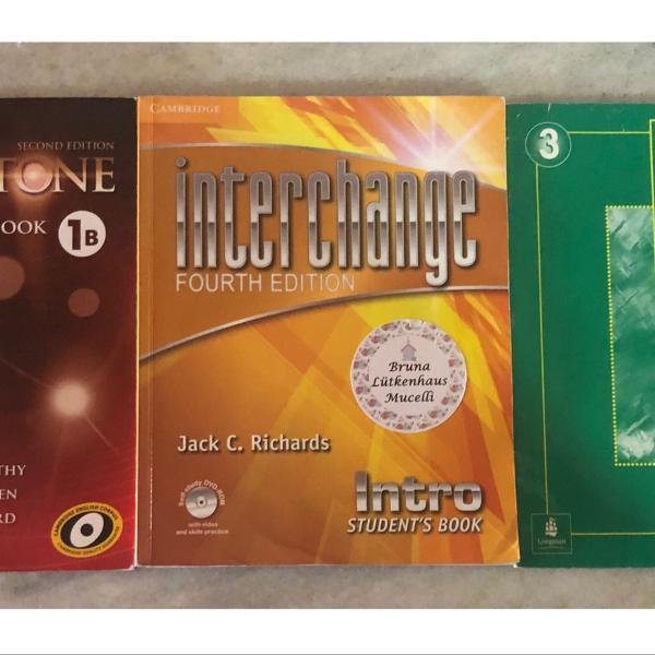 Livros de inglês- interchange, true colors e touchstone