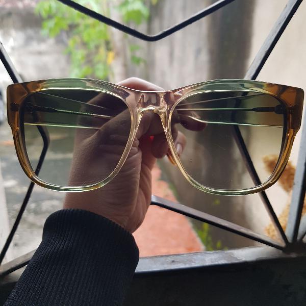 Loucos por óculos