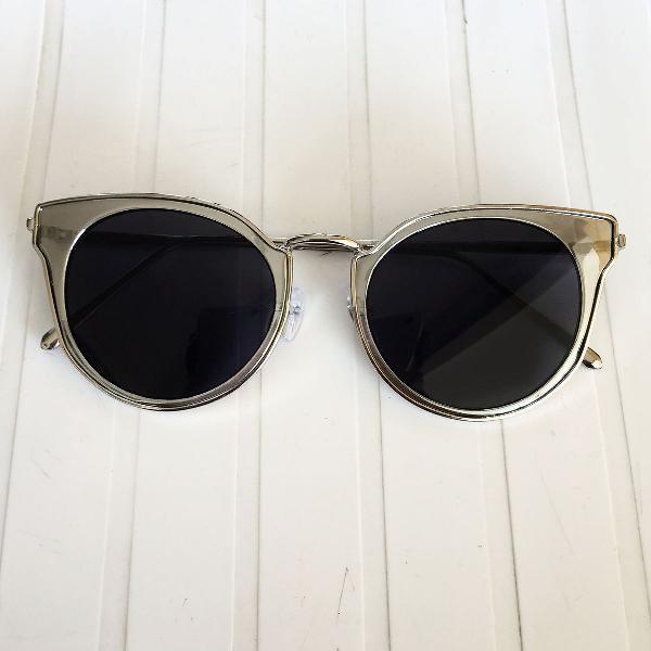 Oculos gatinho bicolor