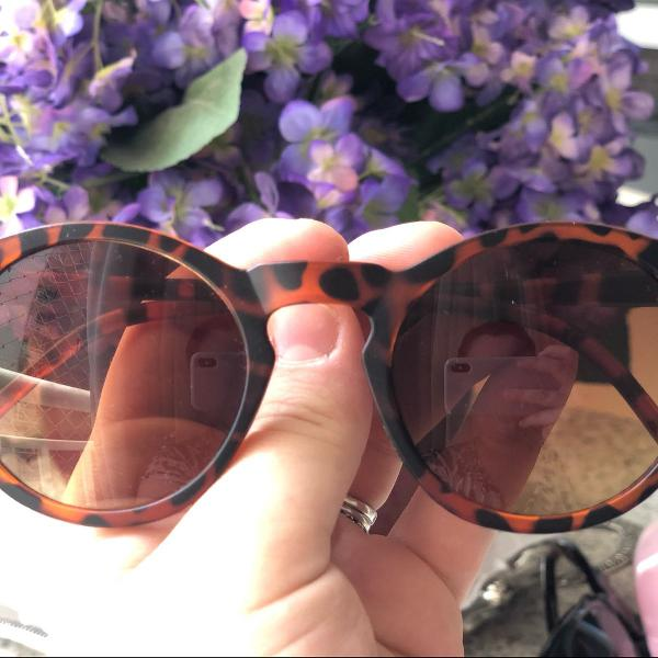 oculos redondo tartaruga